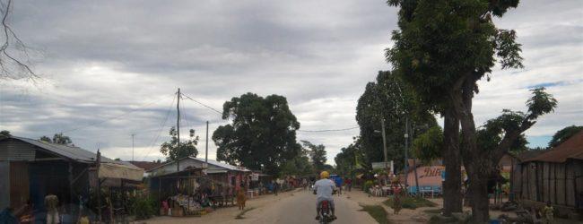 entlang der Hauptstraße von Ambanja, 2013
