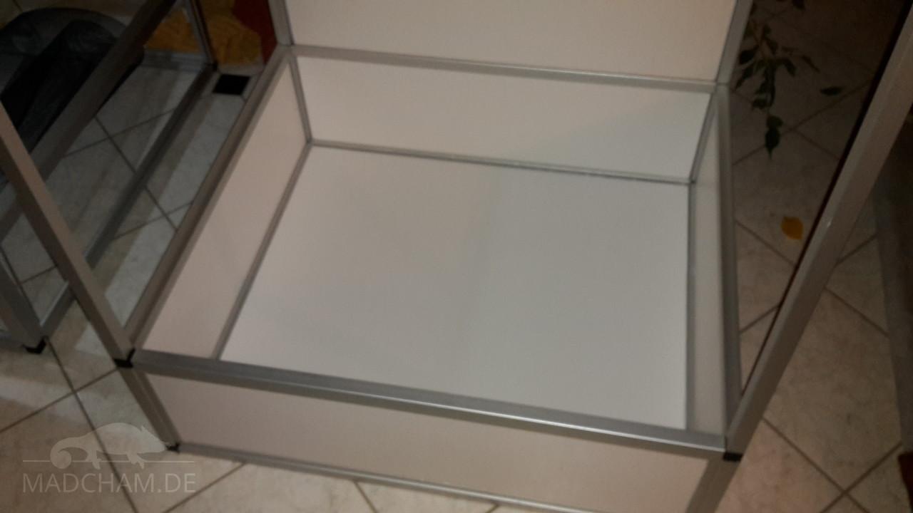 bauanleitung f r ein aluprofil glas forex terrarium. Black Bedroom Furniture Sets. Home Design Ideas